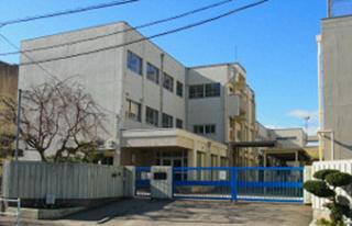 天白小学校 850m